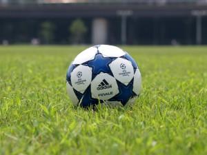 20110813_soccerball_2344_w800
