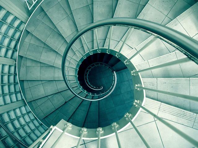spiral-926736_640